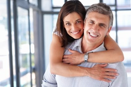 Many Older Dating Men Looking For Hot Women
