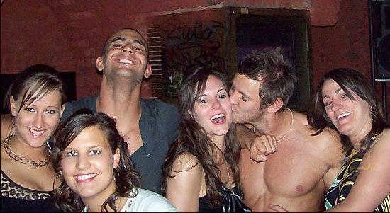 find group sex