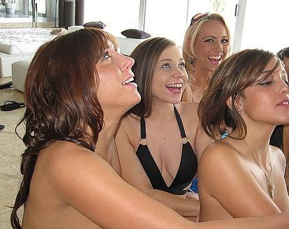 women dating